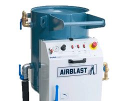 Aquastorm abrasive blasting equipment